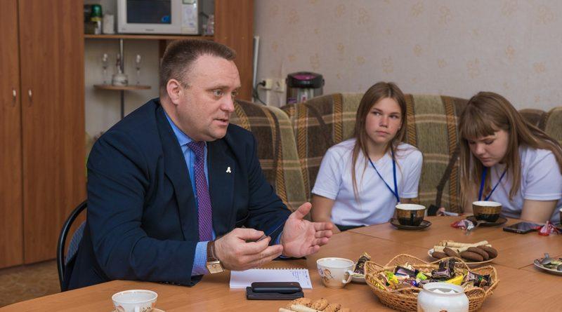 Роман Валов ответил на вопросы юнкоров