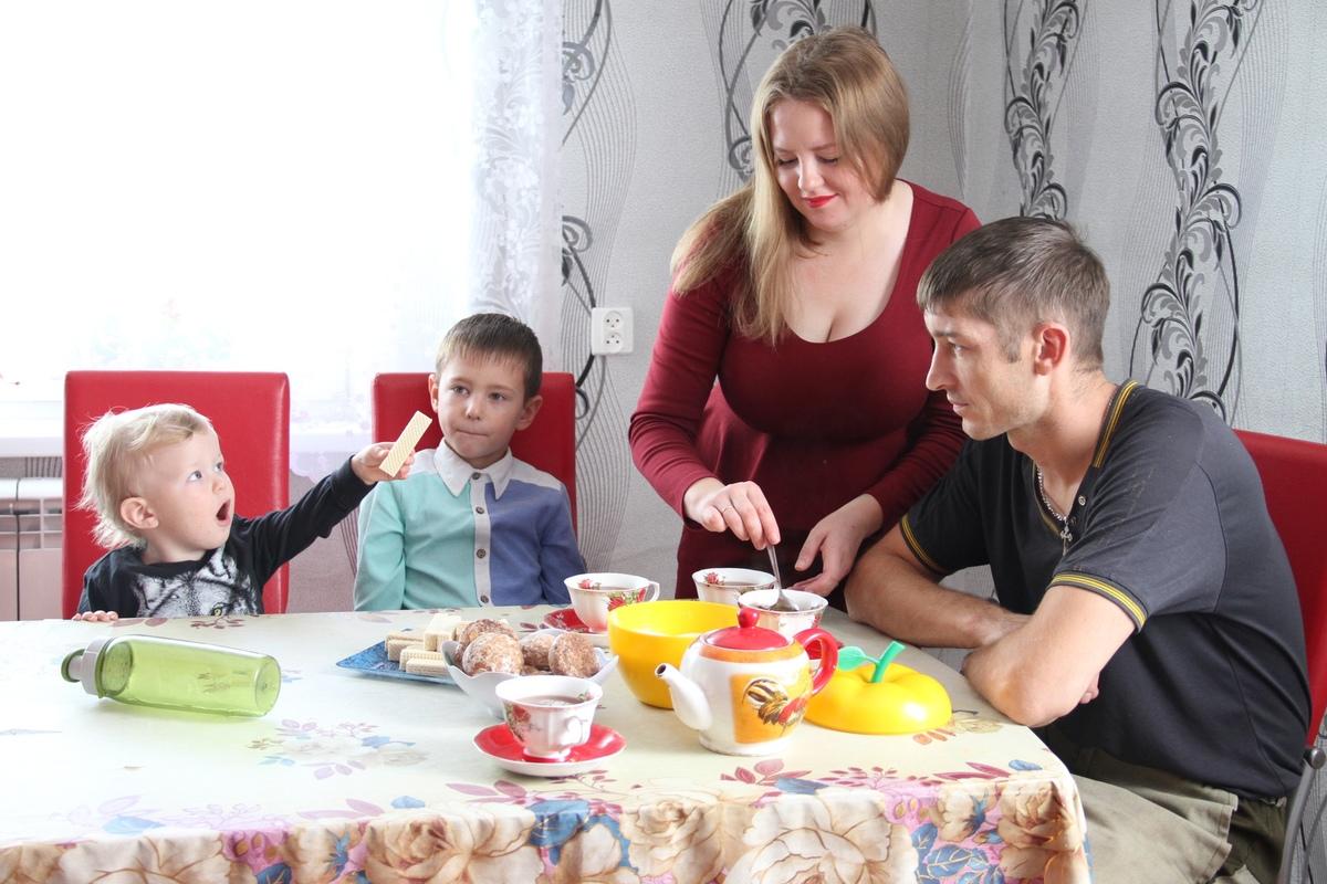 Семья Ведерниковых