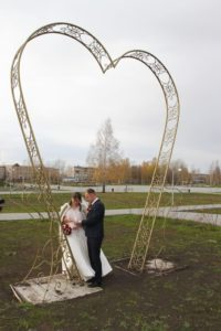 замок на символ любви