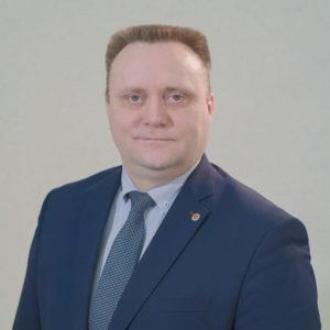 Роман Валов