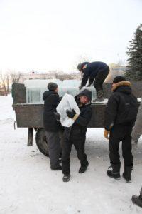 лед пошел на ледовый городок