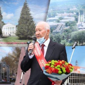 Анатолий Кыштымов