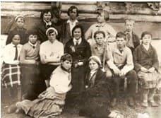 Первый в районе пионерский отряд. Пионервожатая Анна Ивановна Прокина