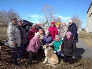 Участницы клуба «На завалинке» после уборки – в гармонии с собой и окружающим миром
