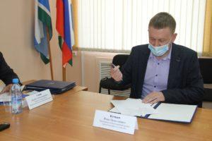 Общественники подписалаи соглашение с Областной Общественной палатой