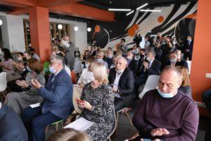 Евгений Куйвашев обсудил с малым бизнесом острые вопросы