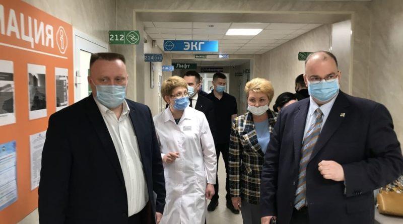 Областные гости в Сухоложской районной больнице