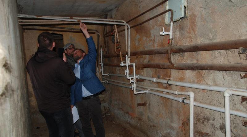 Проверка ремонта в подвале дома №33/2 на ул. Юбилейной
