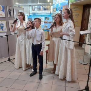 Артисты из «Николина родника» открывают выставку