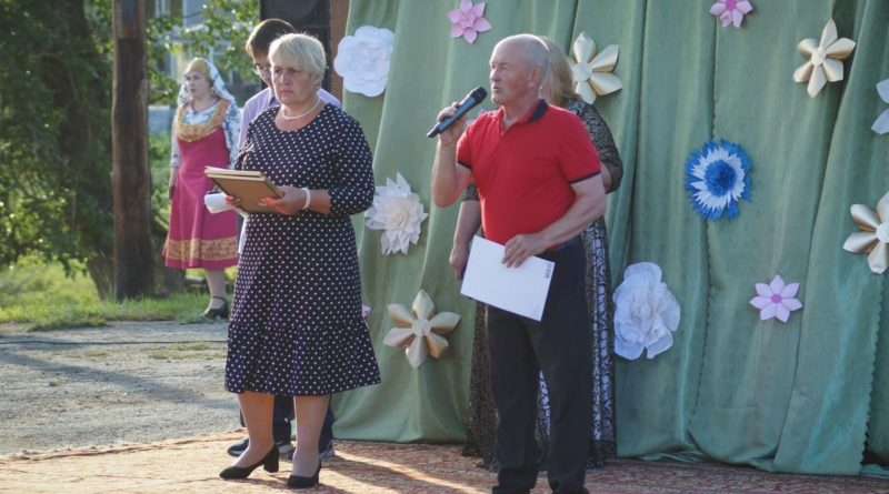 С Днем села жителей поздравляет глава Талицкой сельской администрации Юрий Соломеин