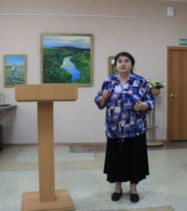 Татьяна Дудникова – со словами благодарности городу и музею