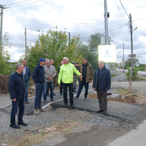 Приемка тротуаров в фабричном микрорайоне