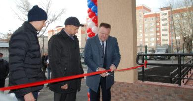В торжественном открытии жилищного комплекса «Белинский» принял участие Глава городского округа Сухой Лог Роман Валов