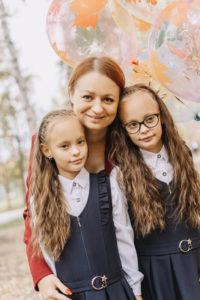 Кристина, Руслана и Варвара Макаровы