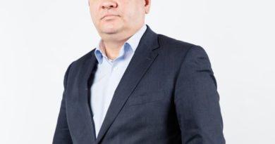 Роман Стихарев